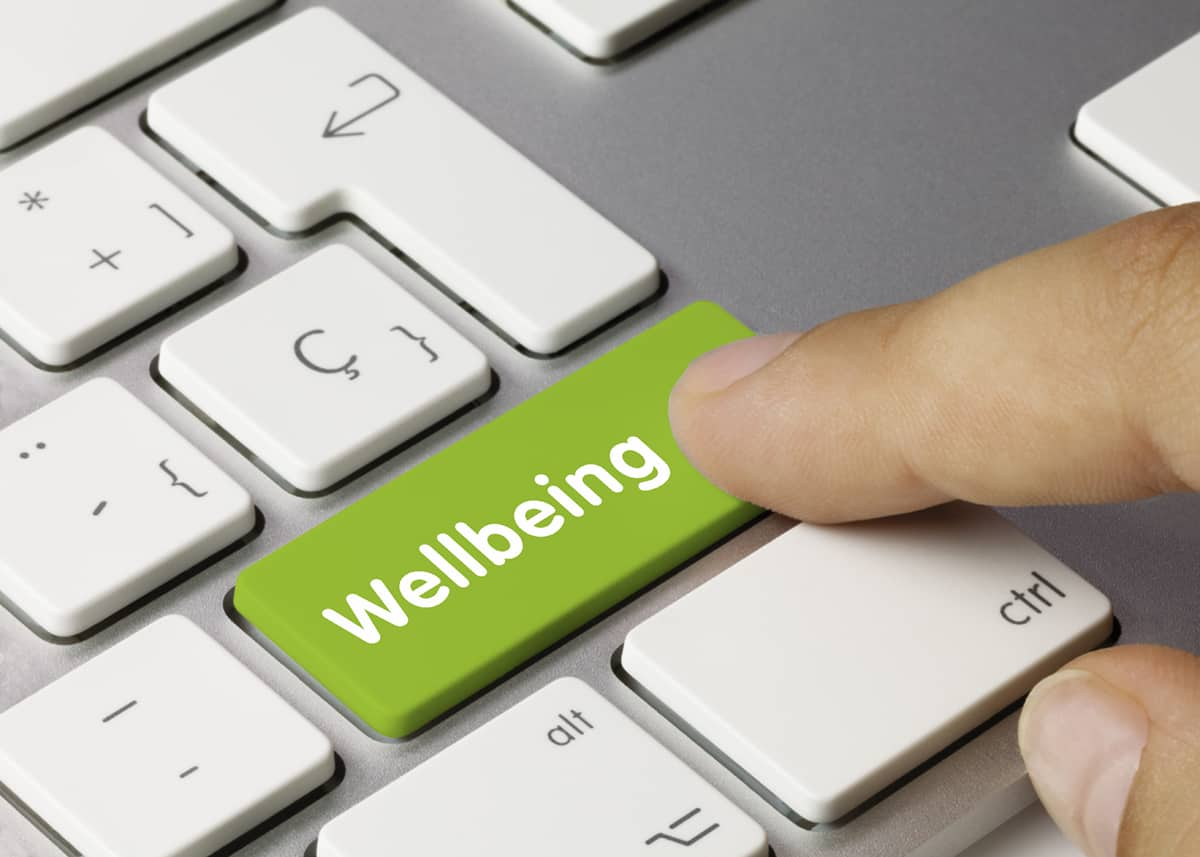 Where to hire a workplace wellbeing UK expert